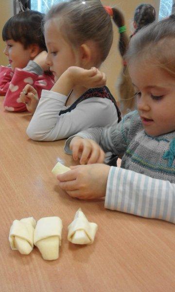 jabłuszka w cieście (2)