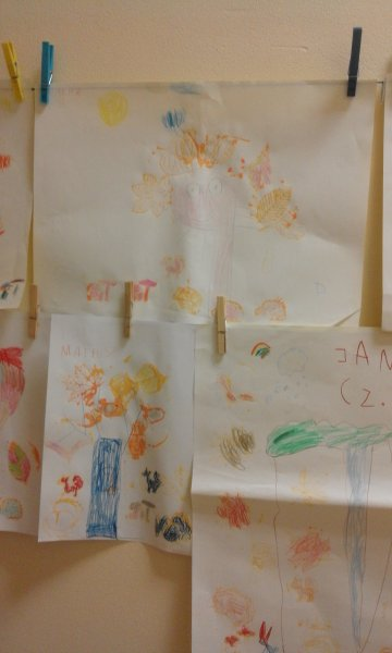 wiem jak drzewo narysować,może w nim zamieszka sowa (3)
