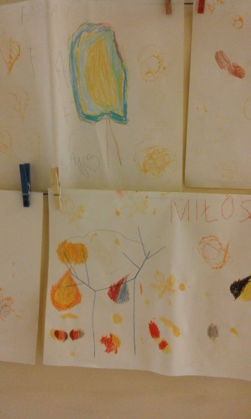 wiem jak drzewo narysować,może w nim zamieszka sowa (6)